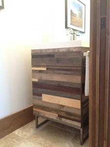 vanité en bois recyclé